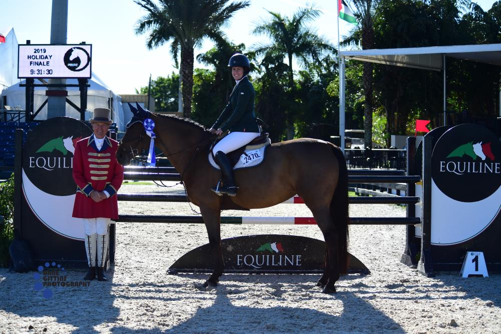 Holiday Finale_Equiline $2.5k Low AO Jumper_Laura Faulkner_Que Pasa 4