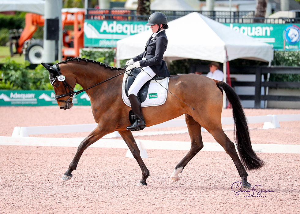 """She's a queen, but she knows when it's time to work,"" says Beatrice de Lavalette (USA) of her Vivaldi mare, Duna, with whom she won in the para Grade II. ©️Susan Stickle."