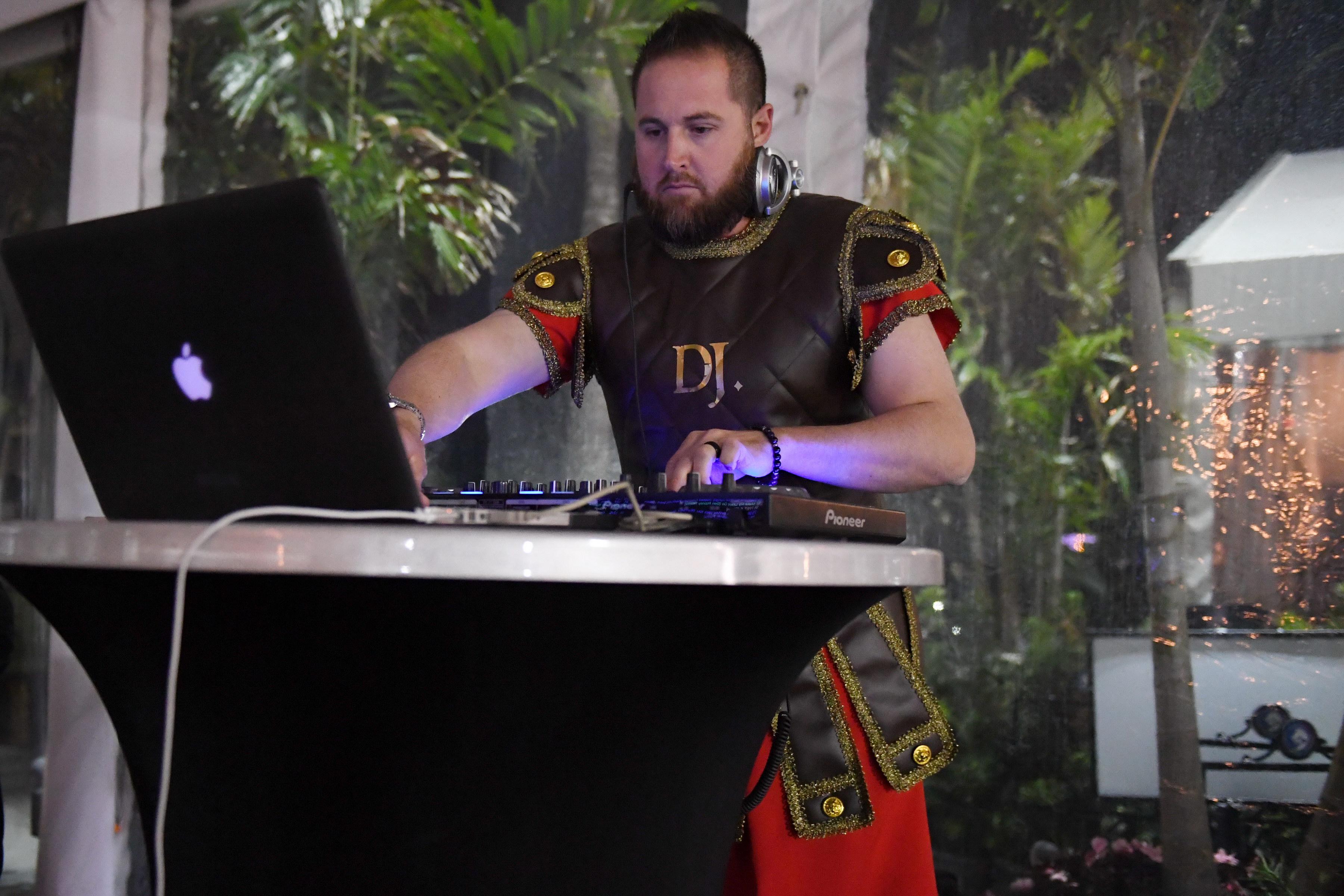 Gladiator DJ